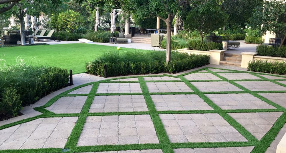 Artificial grass for landscaping in los angeles